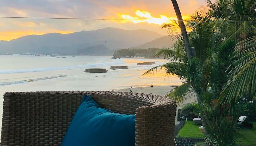 Ocean Suite Candidasa Bali Waterfront Apartment