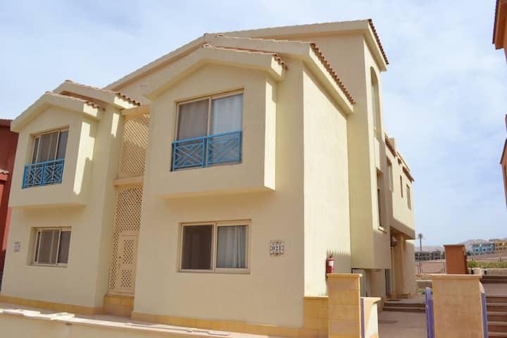 Villa with 5 bedrooms in Porto Al Sokhna Resort