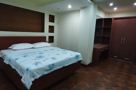 Newly renovated apartment 2 bedrooms 2 bathrooms
