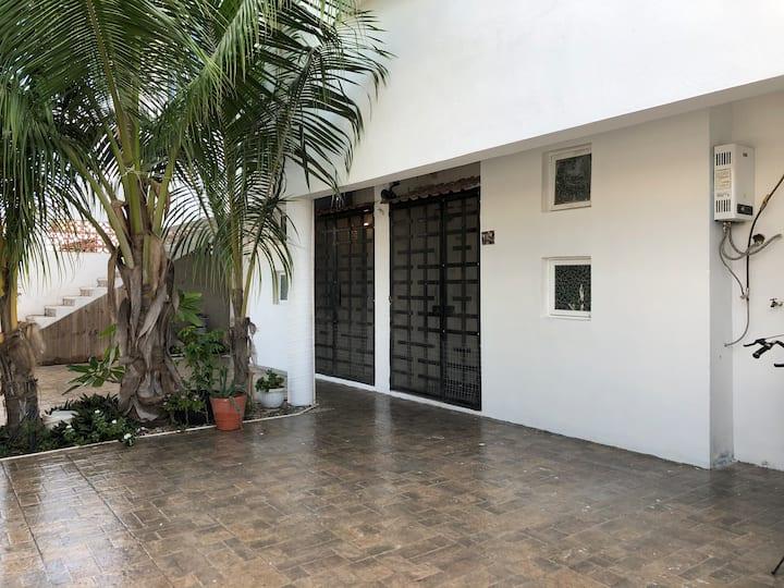 Casa Girasoles 1, Puerto Morelos, Mex.