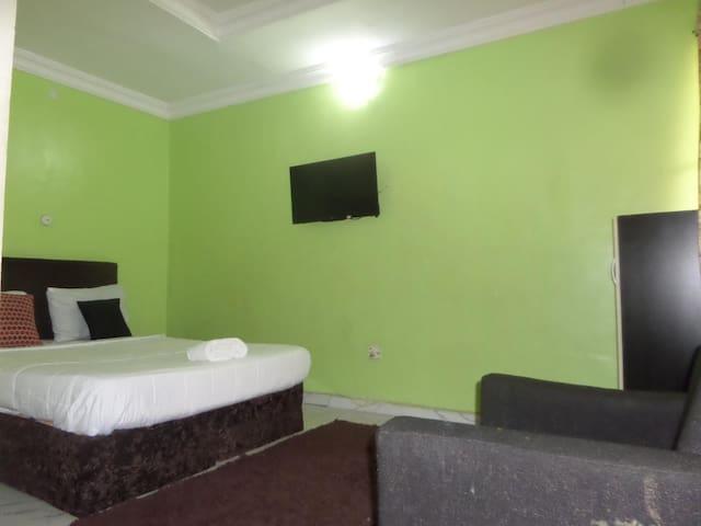 Ikeja Transit Hotel Iyala - Executive Room
