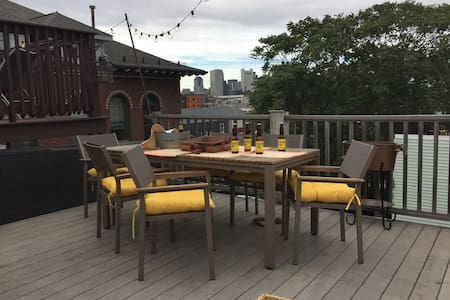 Loft Style with Roofdeck - Boston