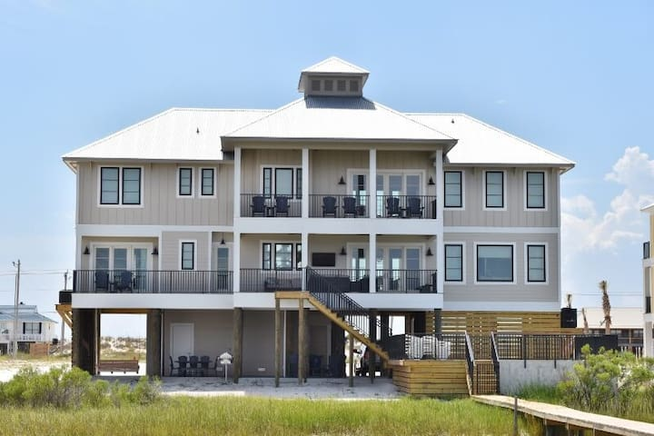 Morning Breeze Lagoon Front Home w Elevator Private Heated Pool + Privat Pier - 1979