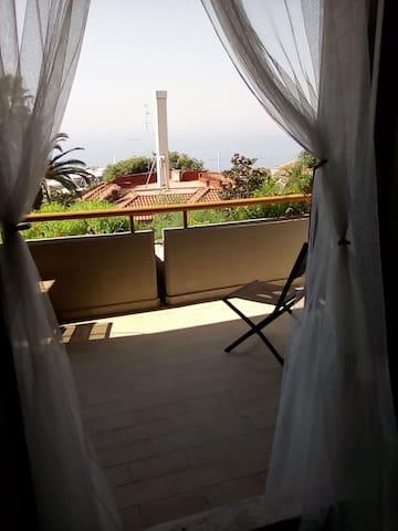 4vani panorama vista mare/monti,terrazzo,solarium