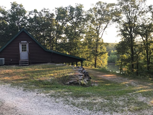 J2 Outfitters - 2 Cabins on Pomme de Terre Lake