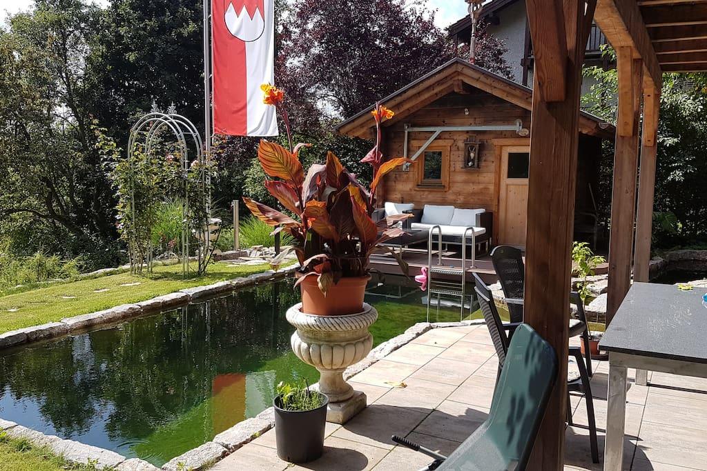 Die Terrasse, Sauna und Poolbereich