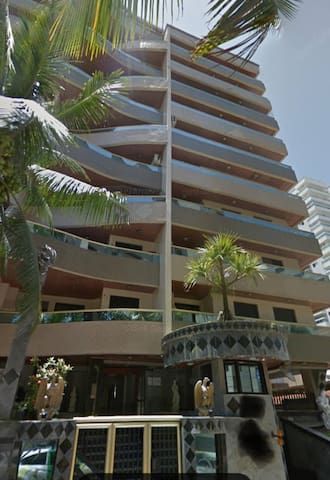 Apartamento 1 quarto ótima localização próximo mar