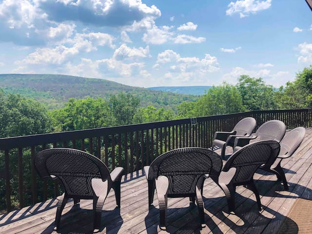 Bristol Lights Lodge, the FLX Million Dollar View!