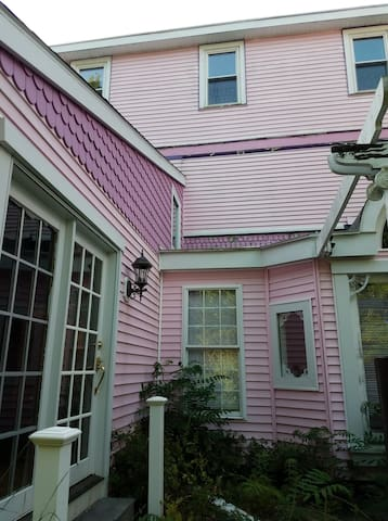 Mint Room in the pink Victorian Bed & Breakfast