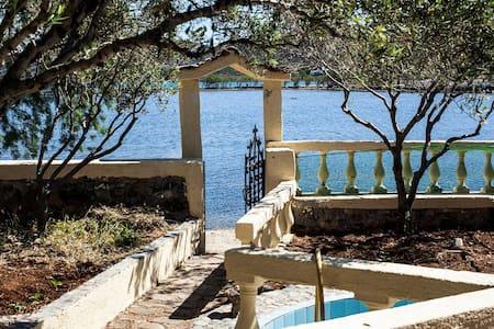 Sea view house,garden,terrazzo cret - Elounda - Huoneisto