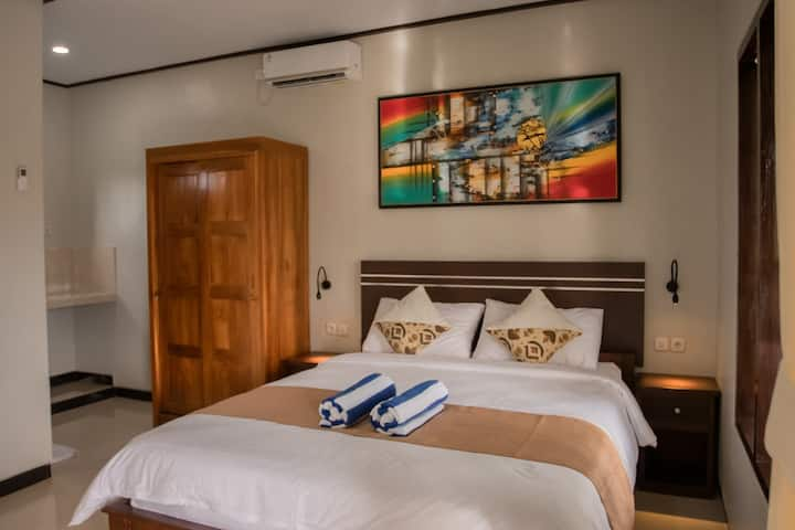 Cozy House DBL Bedroom with Pool in Canggu #3