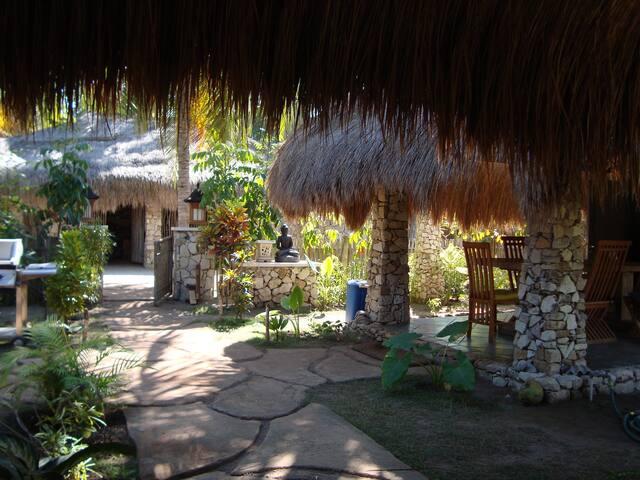 Villa Sedeoen/ Bungalow at Nemberala, Rote Island - Nembrala - Haus