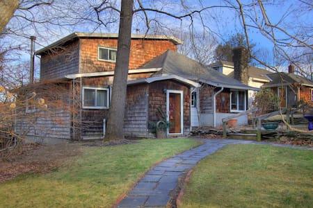 Raspberry Ridge Cottage