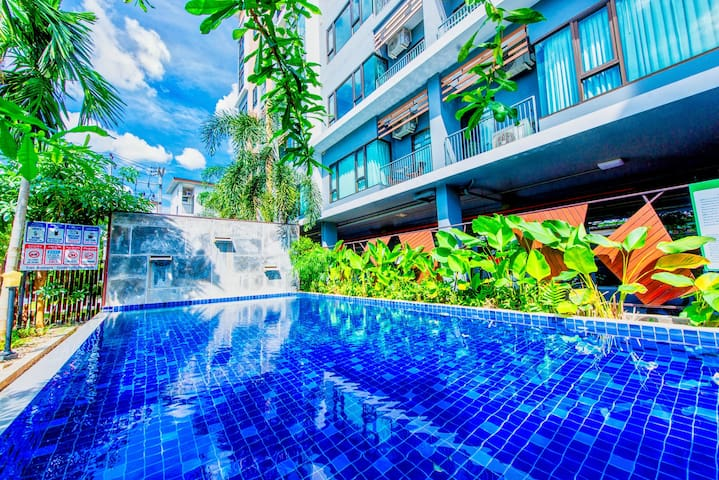 Spacious 70sqm pool view
