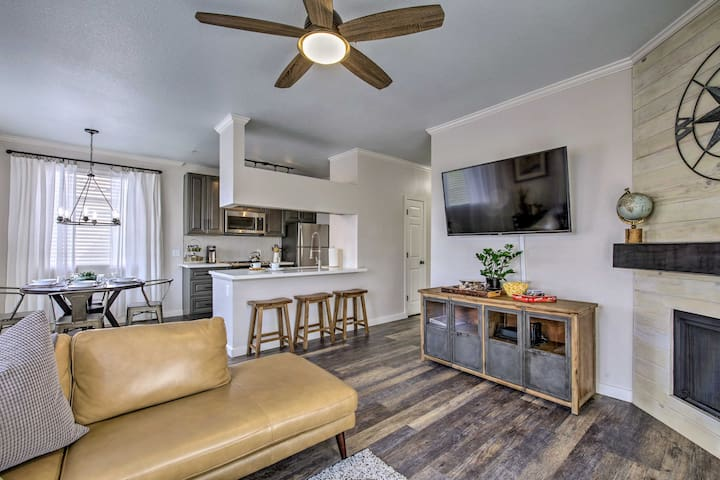 Luxe Resort Living in Papago Park w/ Spa & Pool!