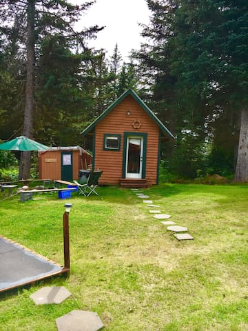 Enjoy our little dry cabins in Homer, AK!