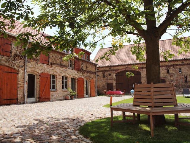 ferienwohnung auf dem bauernhof in michendorf brandenburg duitsland. Black Bedroom Furniture Sets. Home Design Ideas