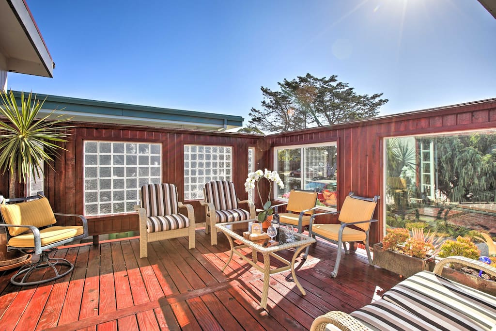 Lounge on the back deck with a glass of crisp California wine.