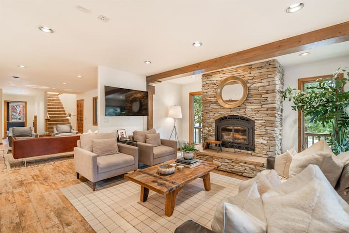 Whitehall Woods | Family Xperience | Fireplace |