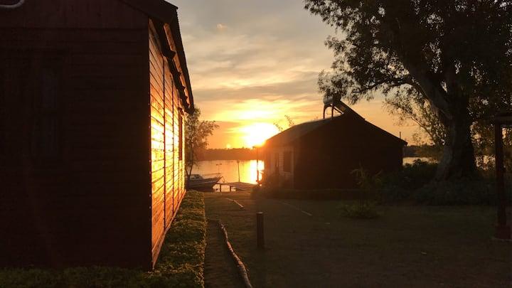 Cabañas de la Costa Fishing Lodge Goya Corrientes