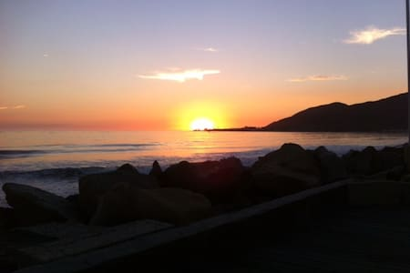 Beachfront Cottage, Solimar Beach - Ventura - Dom