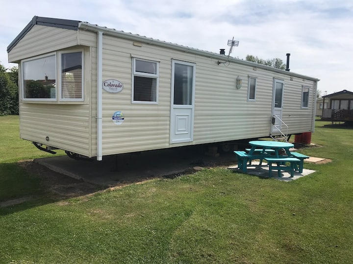 3 Bedroom Caravan on popular Haven site Burnham