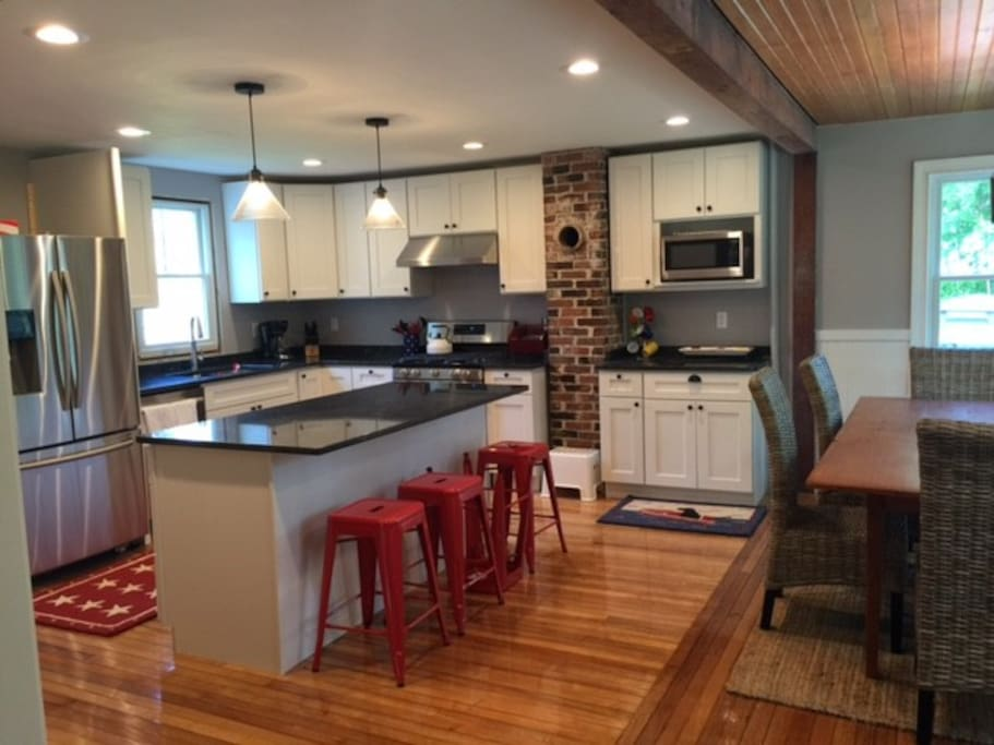 Large Open Kitchen, well appointed