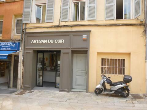 Au petit marché, studio 30m², Centre Historique