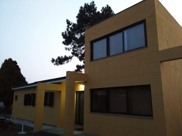 Casa do Jardim em Gaia, PORTO, perto da PRAIA