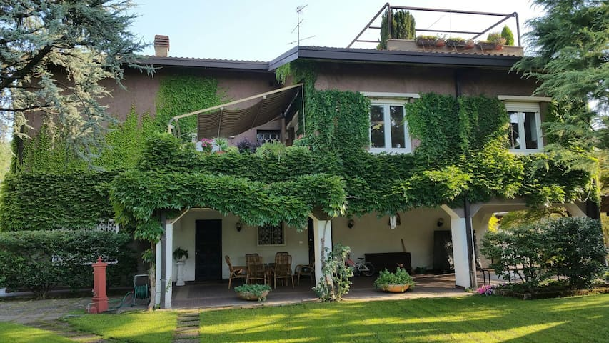 Cosy apt between Milan and Como - Caronno Pertusella - Apartemen