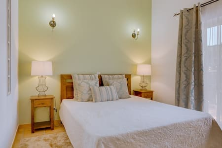 Suite Queen Deluxe B&B - Castro Marim