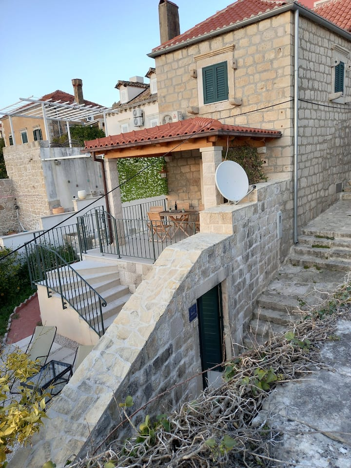 Romantic apartment in the center of Cavtat