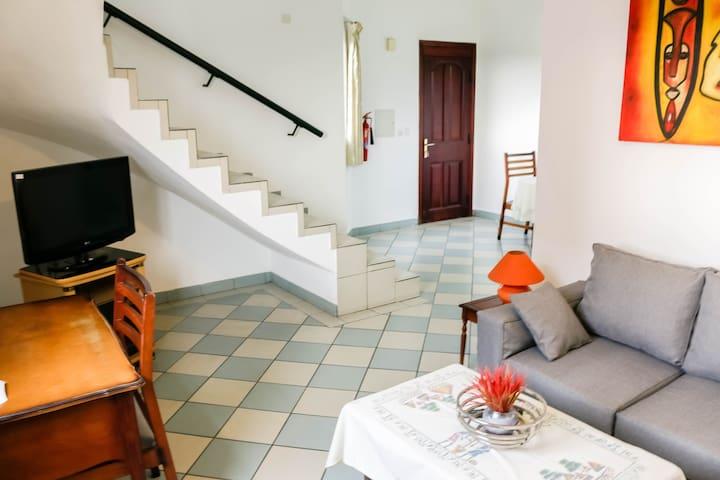 Appartement Meublé 01 Chambre En Duplex  Bonapriso