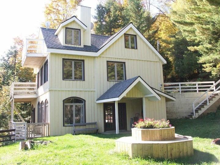 Luxury Lakefront Exclusive Property Rental