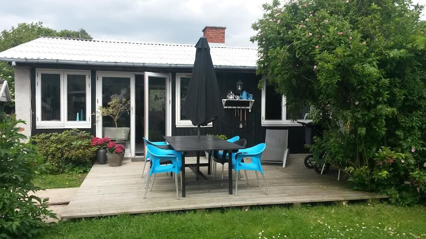 Dejligt hus i grønne omgivelser. - Skovlunde - Cabin