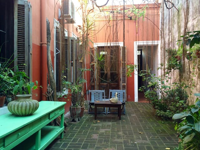 Cozy room in a house in Barracas - Buenos Aires - Huis