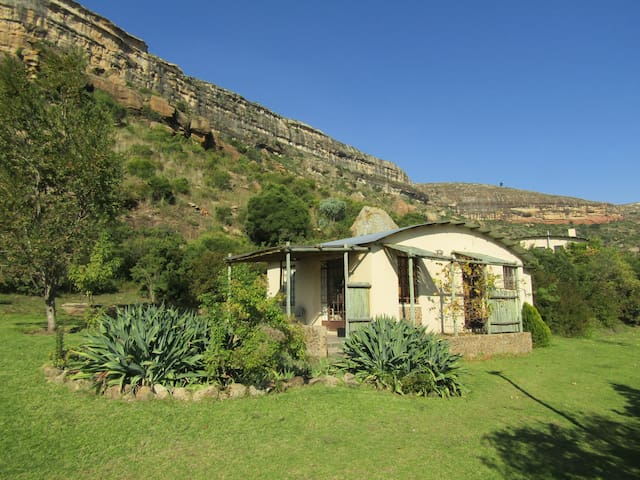 Mafube Mountain Retreat Garden Unit near Clarens