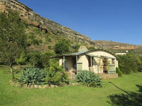 Mafube Mountain Retreat Garden Unit near Clarens