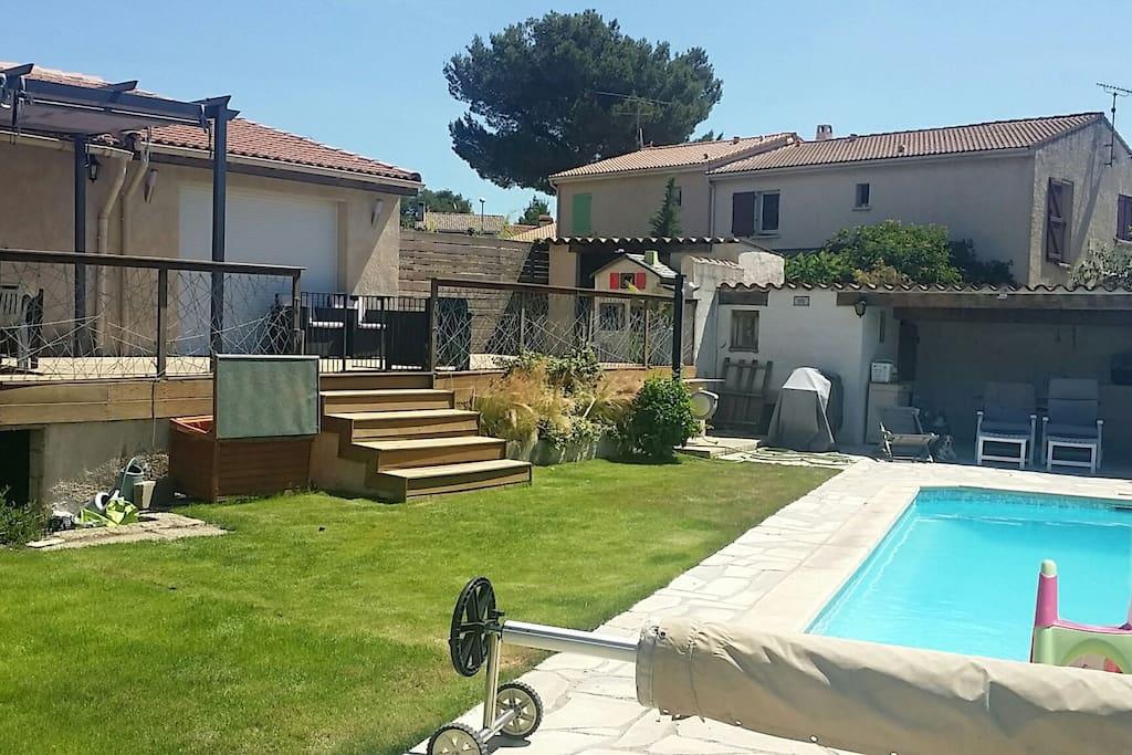 T2 clim spa piscine dans villa appartements louer - Chambre d hote roquefort la bedoule ...