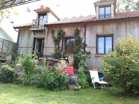 Maison pittoresque au village