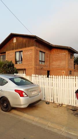 Amplia, cómoda y acogedora casa en Los Molles - Los Molles - Haus