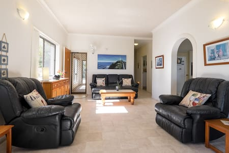 Keith's Place, the most popular unit on Bribie Is. - Apartament