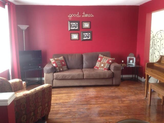 Spotless 3-bedroom home (5 guests)