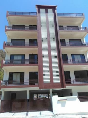 Entire fully equipped flat in hills