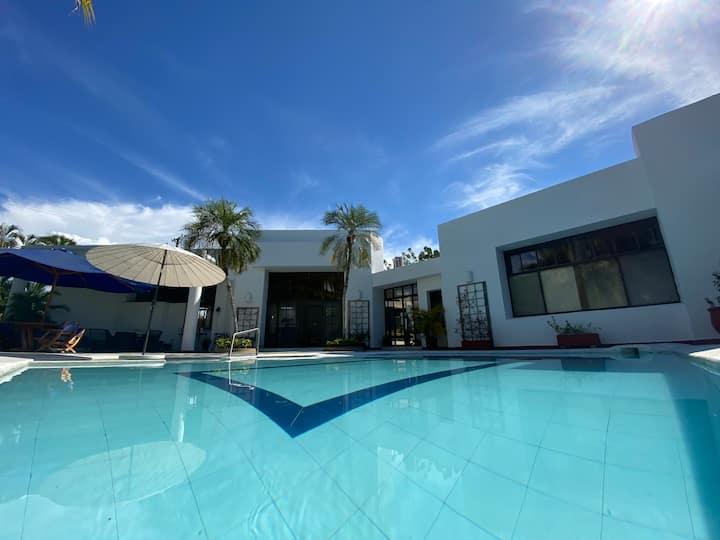 Increíble casa en El Peñón Girardot