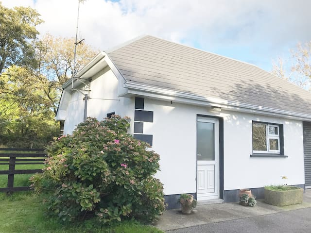 Athenry self-catering cottage
