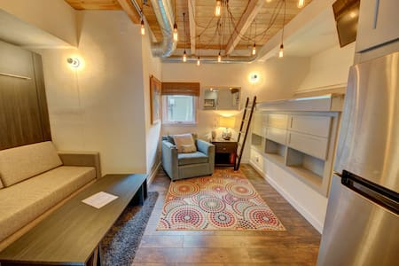 Chic Downtown Studio in Central Location - Telluride - House