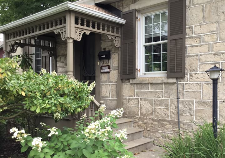 Charming stone cottage close to downtown Guelph