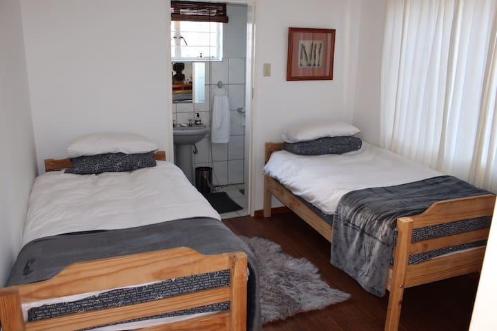 Private room in Academia, Windhoek! - Windhoek - Casa