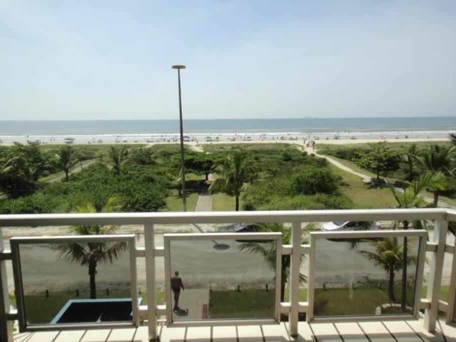 vista de frente para praia